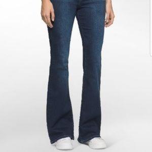 Calvin Klein Flare Fit Jeans  Sz 6  EUC